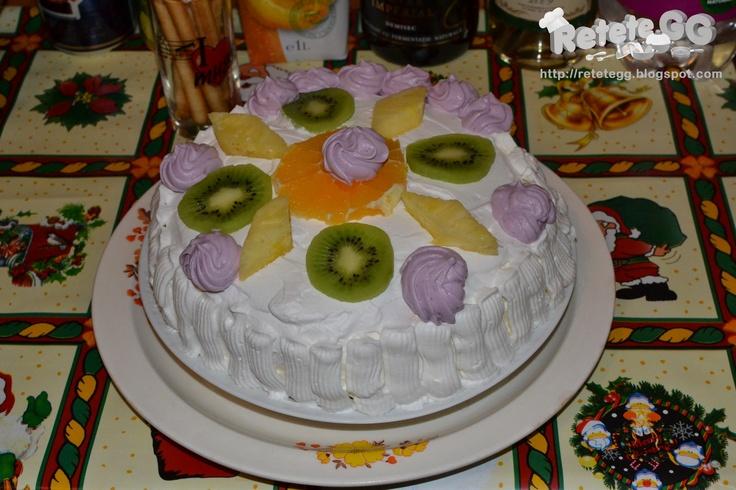 http://retetegg.blogspot.ro/2013/01/tort-cu-fructe.html