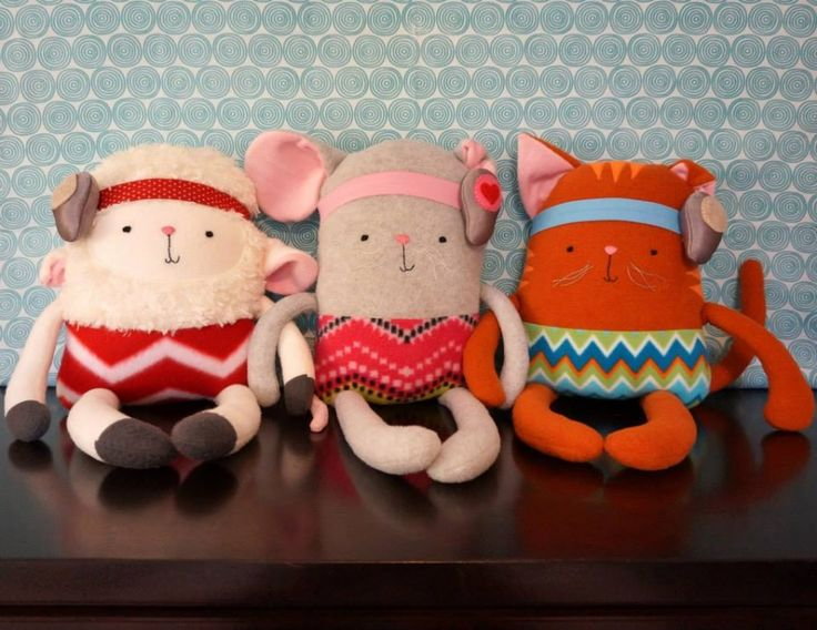 """Weesie Pals: stuffed animals with customizable """"little ears"""" for microtia and softband Ponto/Bahas!"""