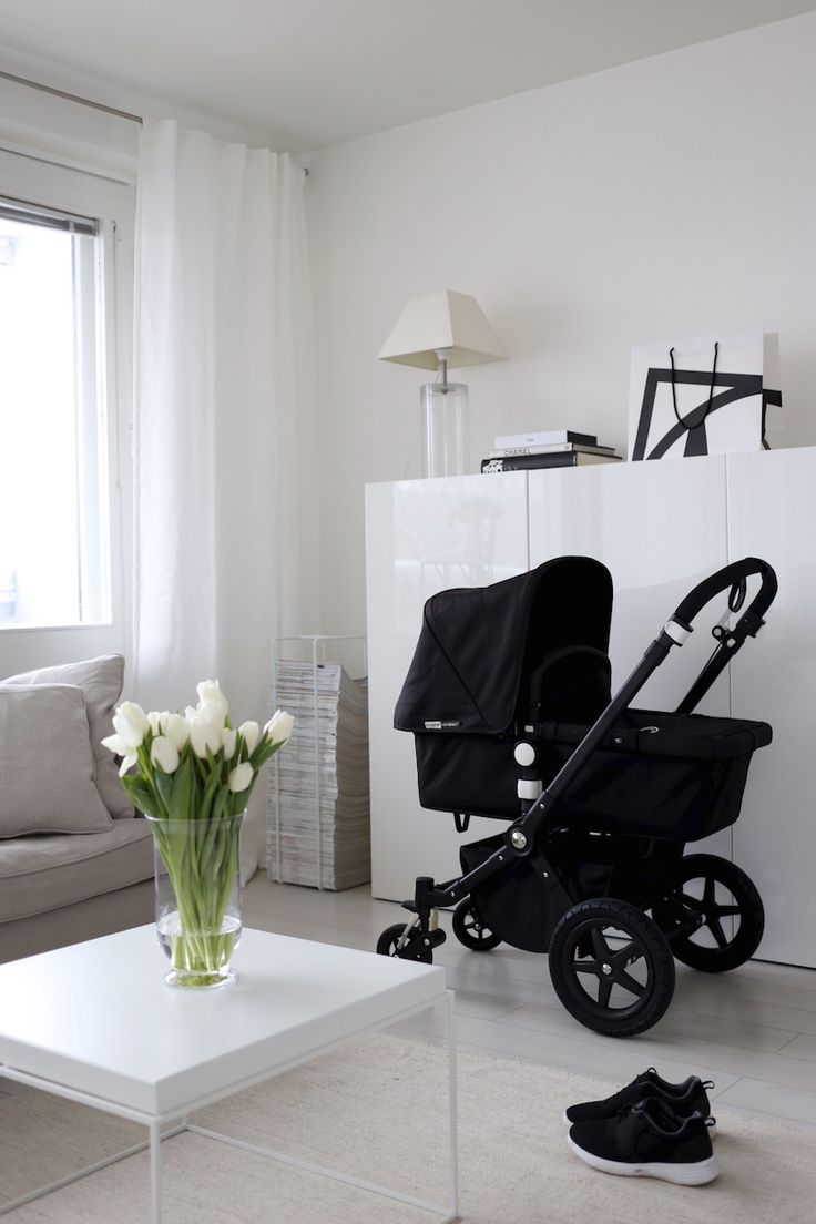 Homevialaura | spring | life with newborn | city sneakers | Bugaboo Cameleon