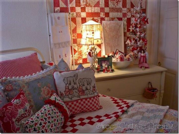 Red & white cottage bedroom