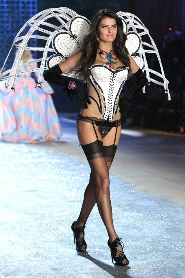 127 Best Victoria 39 S Secret Fashion Show 2011 2012 Images On Pinterest Victoria Secret Angels