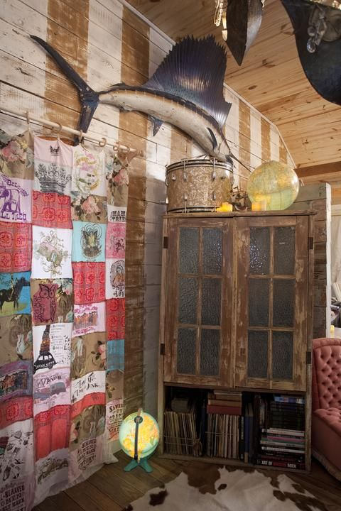 Junk Gypsies DIY T Shirt Curtains From The Fairytale Living Room On Hgtv Reruns Now Great American Country Gactv