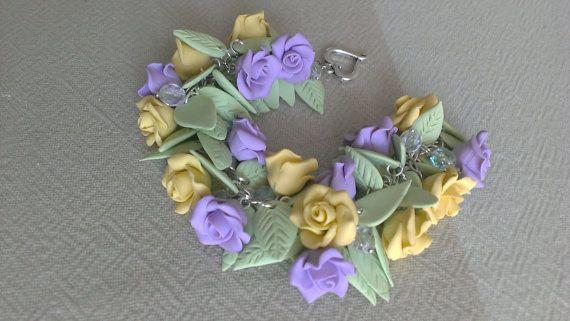 Браслет из роз. Сделан из полимерной глины. Ручная от VinTESA