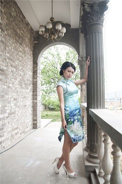 """""""Absolutely Love this cheongsam! It fits perfect and I love the pattern very much.""""  Review by Sara Fong  Buy same pcs at http://www.elegente.com/graceful-cheongsam-dress-blue-raglan-sleeve-flowers-printed.html"""