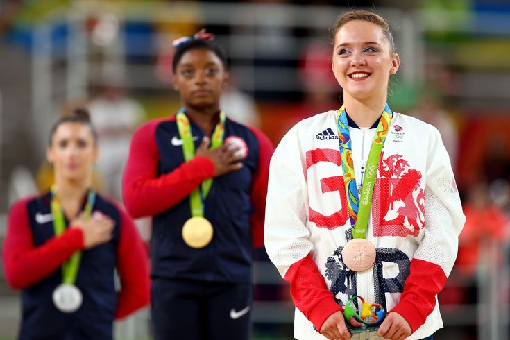 Amy Tinkler wins floor bronze at Rio 2016