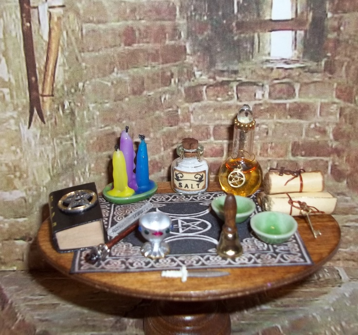 dollhouse miniature witchwiccan altar table