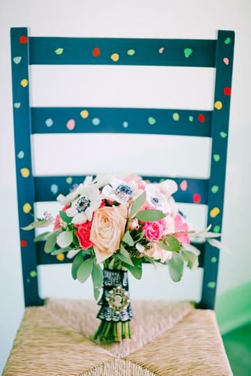 colorful bouquetColors Wedding, Wedding Photos, Beautiful Flowers, Colorful Weddings, Diy Decor, Colors Chairs, Beautiful Bouquets, Succulent Bouquets, Colors Bouquets