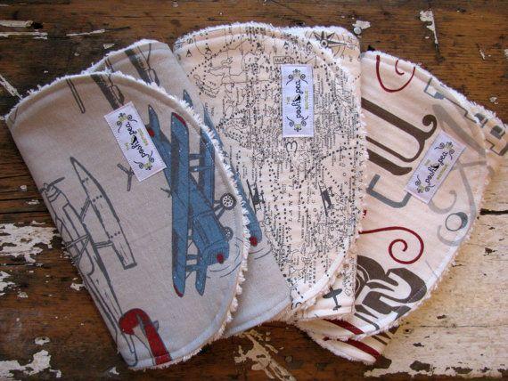 Hoi! Ik heb een geweldige listing gevonden op Etsy https://www.etsy.com/nl/listing/184457999/baby-boy-burp-cloths-set-of-3-vintage