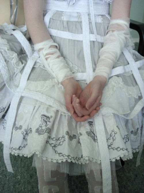 wanderlust: Collection Ideas, Petticoat Straps, Wedding Dress, Goth Petticoat, Pastelgoth, Pastel Goth, Halloween Ideas, Photography