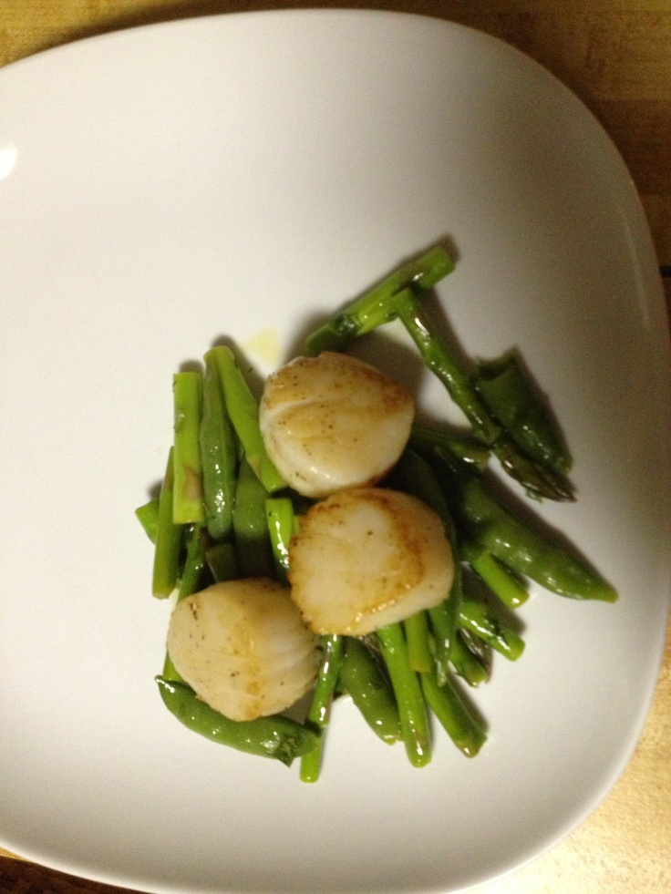 Scallops with asparagus and sugar snap peas Fresh tarragon and dill 2 ...