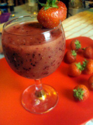 Strawberry & Red Grape Smoothie Recipe