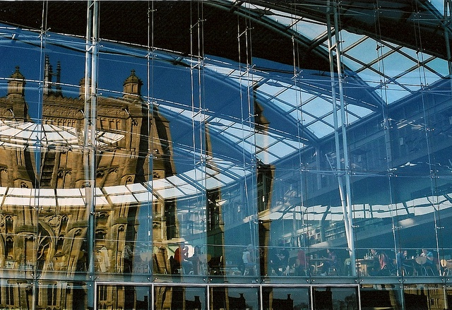 St. Peter Mancroft reflecting in The Forum