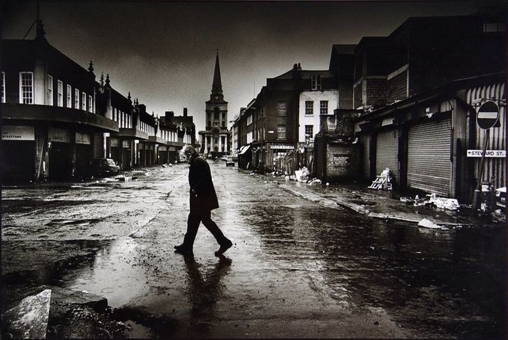 A glimpse of Spitalfields in London as used to be by Don McCullin