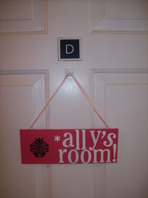 Name tag for dorm room door. Great beginning of semester activity