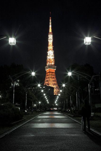 Night Street - Tokyo Tower