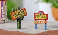 Miniature Garden Fiesta Sign Decor - set of 2 - Jensen Nursery and Garden Centre