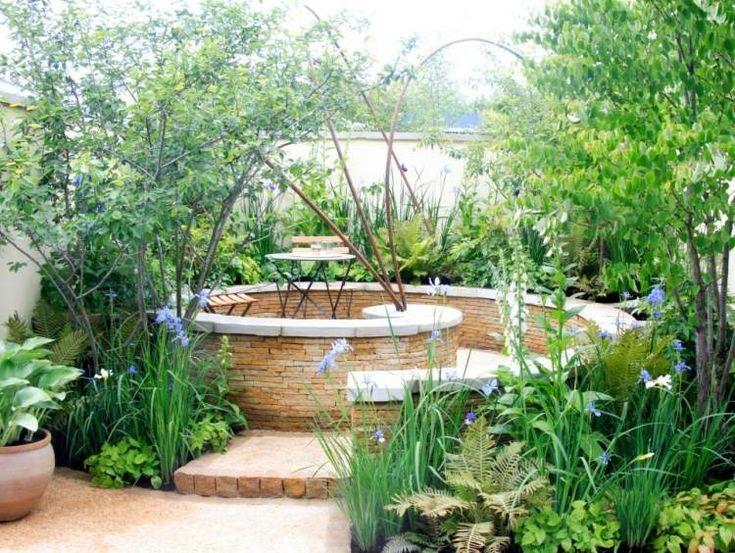 aménagement jardin terrasse en forme de spiral et coin de détente