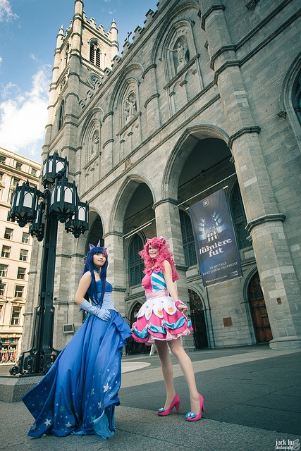 Twilight Sparkle & Pinkie Pie @ Otakuthon 2012 - Kimmy & Hamano-Ayumi by Jack Liu (alucardleashed), via Flickr