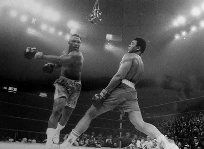 Joe Frazier v Muhammad Ali