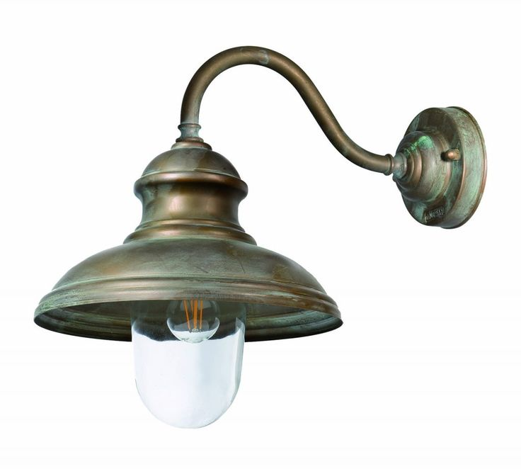 Een traditionele toepassing van een lichtarmatuur uit de serie maritiem. Een mooie lichtkap welke met de diverse leverbare wandsteunen in iedere omgeving toegepast kan worden. Er is ook een plafonniere en een kettinglamp leverbaar. De serie Maritiem is een fantastische serie buitenlampen in de maritieme stijl. Door gebruik te maken van hoogwaardige materiaal messing is …