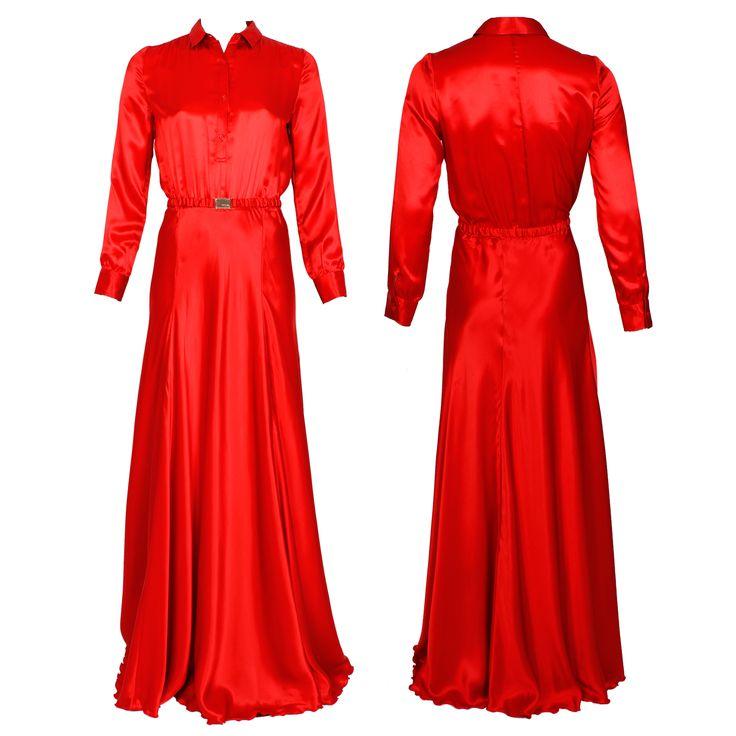 #whoswho #greenbird #marinamall #abudhabi #abudhabifashion #abudhabistyle #dubai #dubaifashion #dubaistyle #fashionista #womenswear #eveningwear #casualwear #fall2013 #winter2014 #gown #wrapped #conservative #chic #red #collared