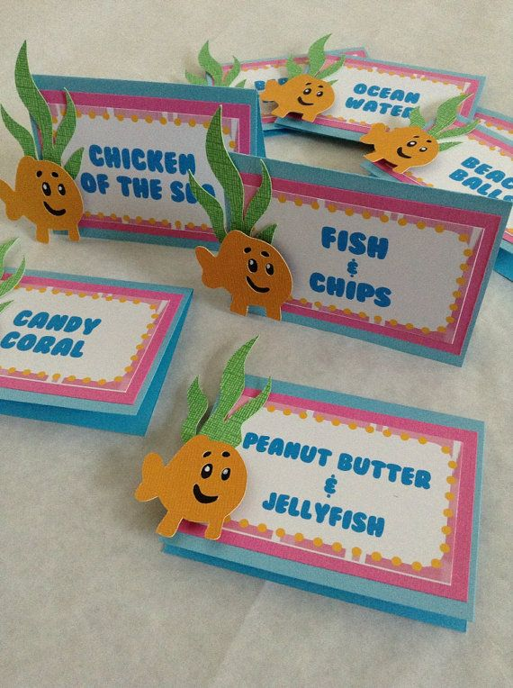 This listing is for a set of 8 Bubble Guppies food labels. Each label includes seaweed and little fish cutout. Little Fish cutout has a 3D pop