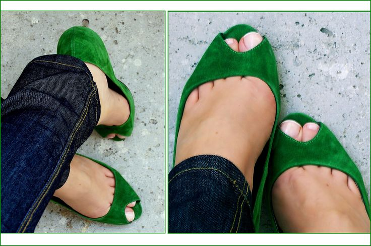 Love these kelly green flats