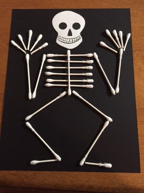 More DIY Halloween Crafts and Decorations – Cotton Swab Skeleton ...