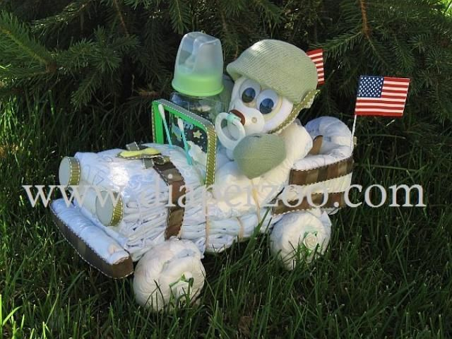 DIAPER MILITARY.....this is really cool and I bet pretty easy to make!!!