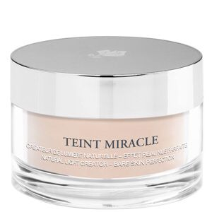 Currently using: Lancôme Teint Miracle Loose Powder.  Overpriced, with no-so-worthy end result. No repeat purchase for me.