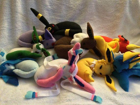Hey, j'ai trouvé ce super article sur Etsy, chez https://www.etsy.com/fr/listing/203399076/evolutions-de-pokemon-endormi-copains