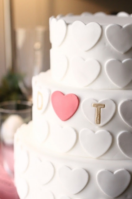 pretty and simple heart wedding cake