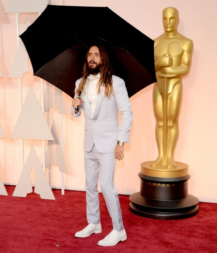 Jared Leto does Mary Poppins !