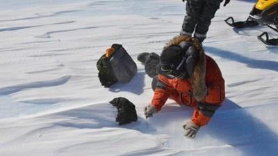 Científicos descubren gran meteorito en la Antártida. 2 Mar 2013. (http://IPITIMES.COM ® /New York. FUENTE: TELESUR).