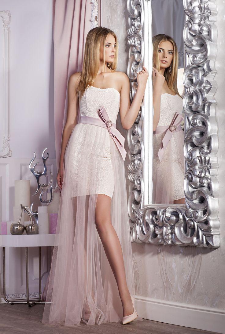Короткое вечернее платье. Отлично подойдет для выпускного вечера, а также для подружек невесты. Доступно в нежно-розовом и нежно-голубом цветах. Приобрести данное платье можно на нашем сайте www.fairytaleforyou.com