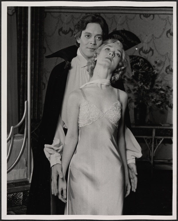 Raul Julia and Valerie Mahaffey in Dracula / Broadway show, 1978  / Photo by Kenn Duncan / The New York Public Library for the Performing Arts