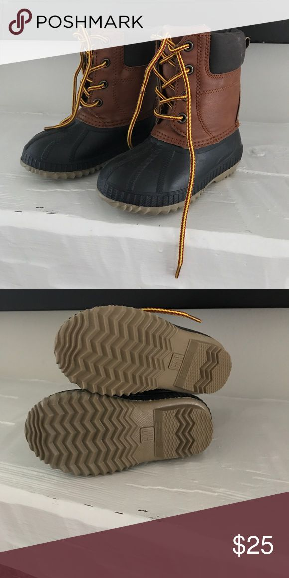 Gap kids duck boots Gap kids duck boots. Always excluded from being on sale. Size 7T/8T. Worn 1x. Shoes Rain & Snow Boots
