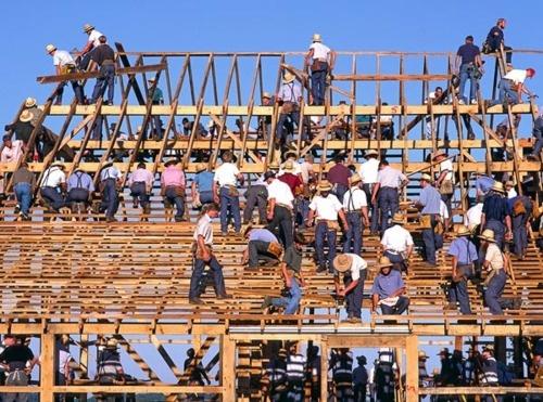 Barn raising.: Amish Farms, Simple Life, Amish Country, Amish Barns, Pennsylvania Dutch, Amish Lifestyle, Farms Life, Amish Living, Barns Rai