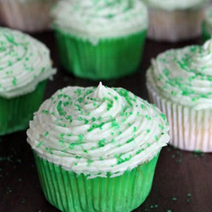 "Easy Sprite Zero Cupcakes"",""tablet"":""Going Green: Easy Sprite Zero Cupcakes"",""mobile"":""Sprite Zero Cupcakes for St. Patrick's Day""}' class=""""> Going Green: Easy Sprite Zero Cupcakes"