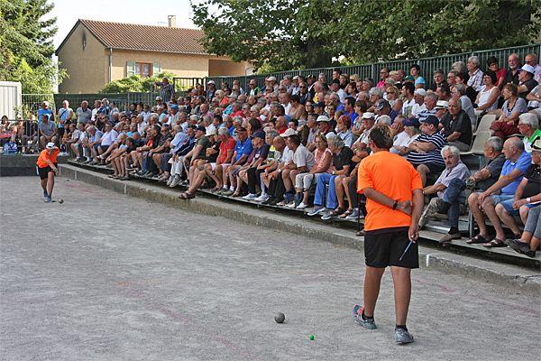 WebTV : La Côte-Saint-André ouvre les fêtes boulistes de l'été - Sport-Boules Lyonnaises - ARTICLES sur la pétanque