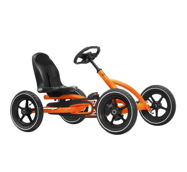 Created and produced by Berg Toys, Buddy is a pedal go-kart made in metal and plastic. Buddy is a pedal go-kart created for children aged 3 to 7 years. This beautiful and sporty go-kart will be able to give to your child delicious moments of pure joy and fun. Is possible to adjust both the steering wheel height that the seat, and also to make it even more realistic the tires are with air chamber.