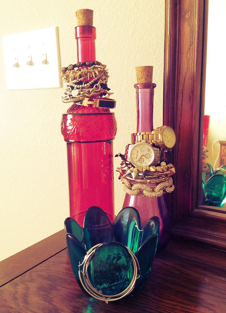 17 best images about jewellery display ideas on pinterest for Glass bottle display ideas