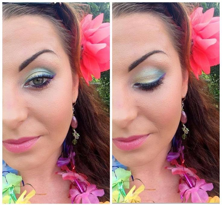 Hawaiian party Make up :)   More cool make up on my fan page! www.katvonm.com
