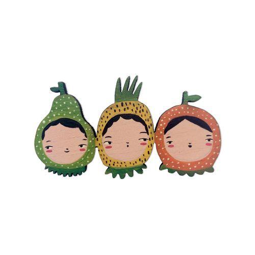 Broche tres pequeñas frutas
