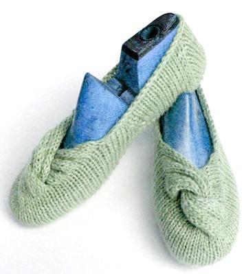 Coco Knits Slippers Kit - Got Yarn! Got Kits! Get Knitting!