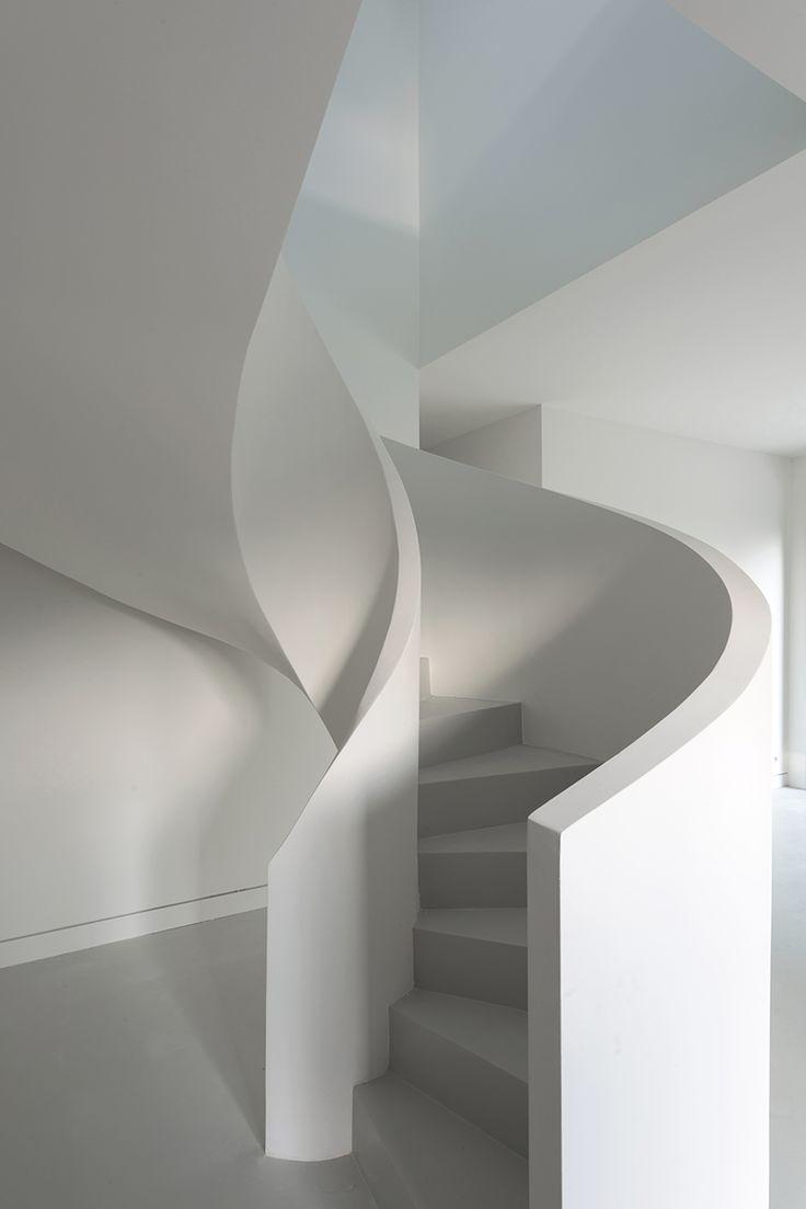 17 best ideas about concrete houses on pinterest box for Escaleras de cemento para interiores
