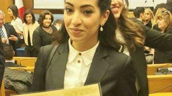 Ihlam Mounssif, 22 anni, vive in Italia da quando ne aveva due: ha ricevuto il riconoscimento nell'aula dei gruppi parlamentari, ma non ha potuto assistere