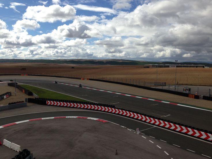 www.todokb.com Circuito de velocidad de Navarra , Los Arcos 2013