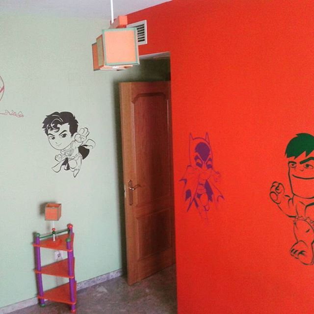 Súper héroes cabezones  #retovinilo #vinilosdecorativos  #vinilos #decorativos #decoracioninteriores #decoracion #paredes #dormitorio #infantil #dormitorioinfantil #niños #superheroes #cabezones #cordobaespaña #cordoba