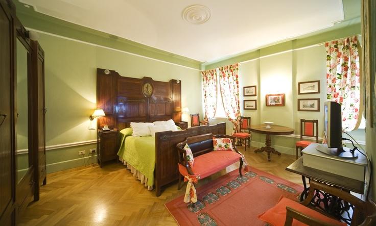 Suite Violetta, 1st bedroom